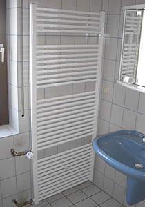 hsk line badheizk rper austauschheizk rper mit seitenanschlu gr e 60x77 5cm wei. Black Bedroom Furniture Sets. Home Design Ideas